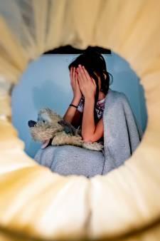 Ouders gestraft voor verwaarlozen en kleineren van hun dochter: 'Ik ben geen lief meisje, ik ben slecht'