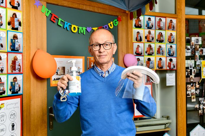Directeur Geert Mallens  van de Sint-Bavo basisschool in Gent.