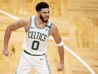 Tatum loodst Boston met 50 punten naar play-offs in NBA, Washington treft Indiana voor laatste plaats in oosten