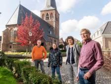 Dominee Johan Meijer uit Borne loopt een dag mee: 'Ik heb ontzettend veel respect voor de klimaatpelgrims'
