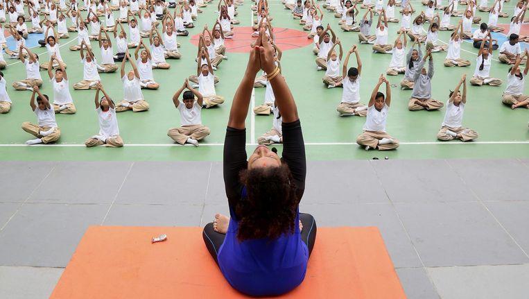 Je mag na zowel een tweeweekse yogaretraite op Bali als een vierjarige gecertificeerde opleiding yogalessen geven Beeld anp