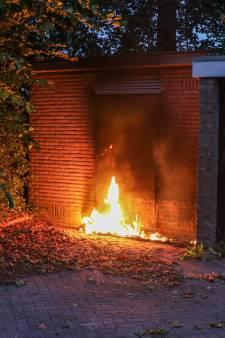 Matras in de hens bij elektriciteithuisje Emmeloord, buurtbewoners vermoeden brandstichting