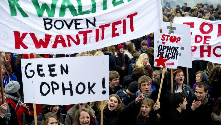 Scholieren op het Museumplein in Amsterdam demonstreerden in december 2011 tegen ophokuren Beeld anp