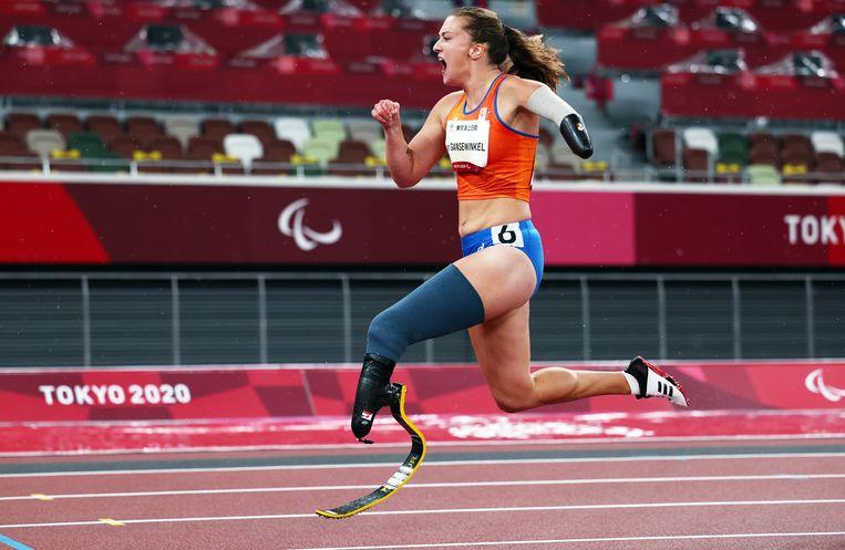 Marlène van Gansewinkel op weg naar goud op de 200 meter. Beeld REUTERS