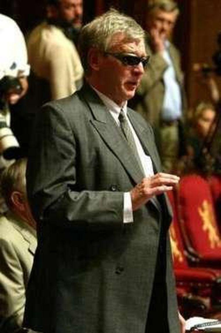 De blinde senator Delacroix werd tot nieuwe voorzitter benoemd. Beeld UNKNOWN