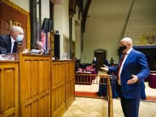 VVD-fractievoorzitter Beek stapt op om 'doordrukken avondklok'