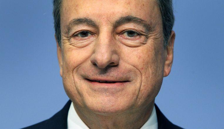 """Het was vandaag of Mario Draghi, de president van de Europese Centrale Bank, tegen de Amerikanen zei: """"Onze economie doet het lekker beter dan die van jullie. Niks America first."""" Beeld AFP"""