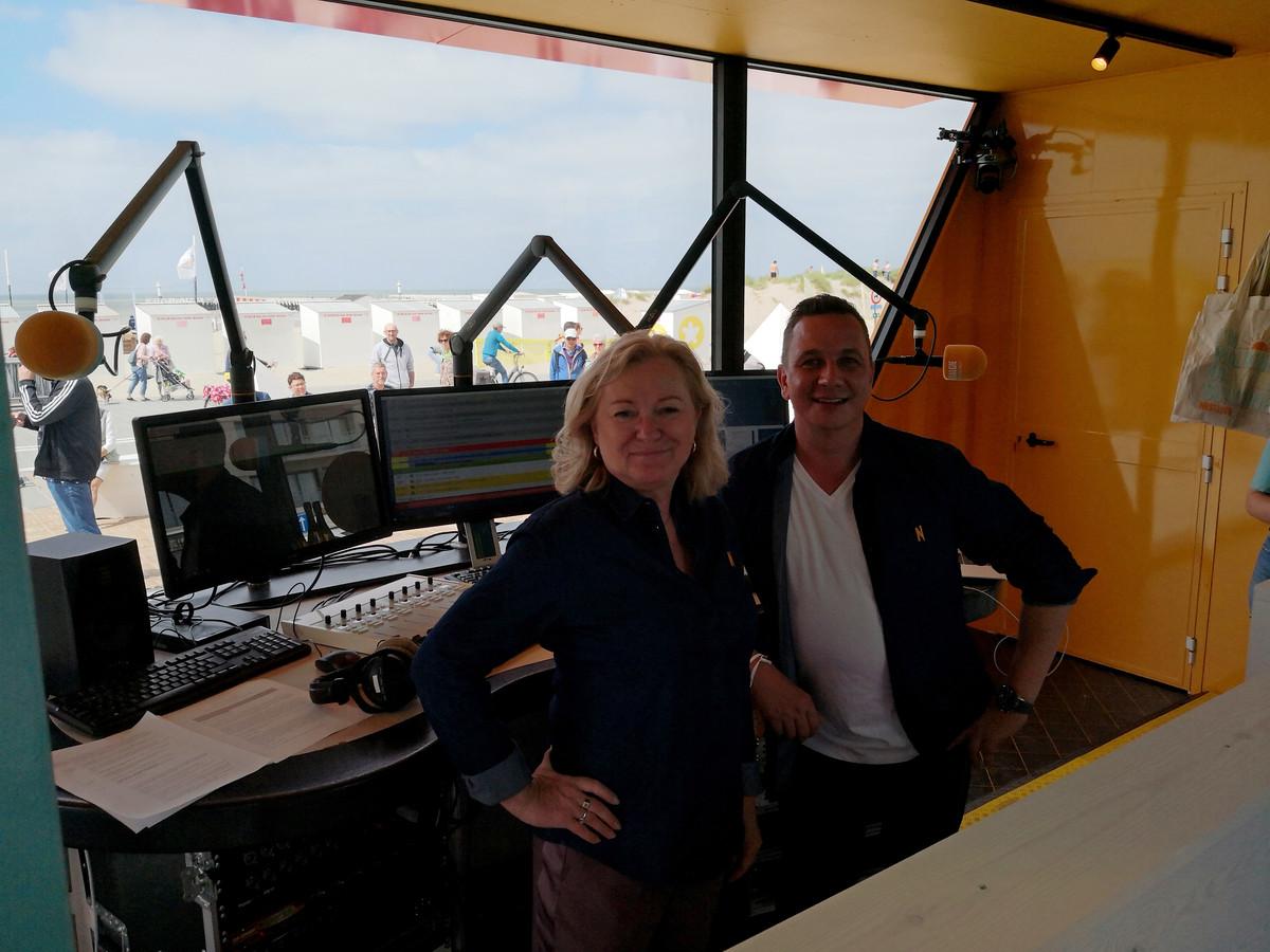 Leen Demaré en Bjorn Verhoeven in de Nostalgie-studio.