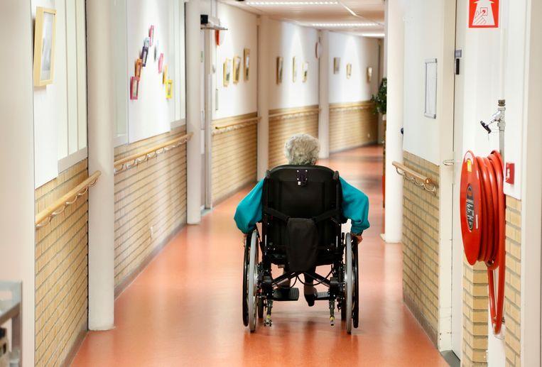 In het wetsvoorstel Voltooid leven van Pia Dijkstra moeten mensen die euthanasie willen eerst 75 jaar zijn Beeld Hollandse Hoogte / Berlinda van Dam