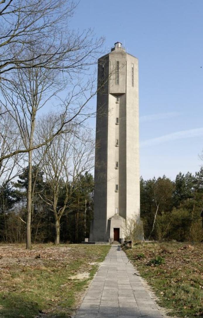 De watertoren van Radio Kootwijk. foto Cees Baars