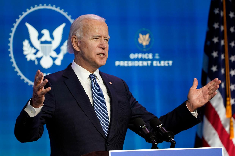 Joe Biden zal een aantal beslissingen van Trump snel terugdraaien.  Beeld AP