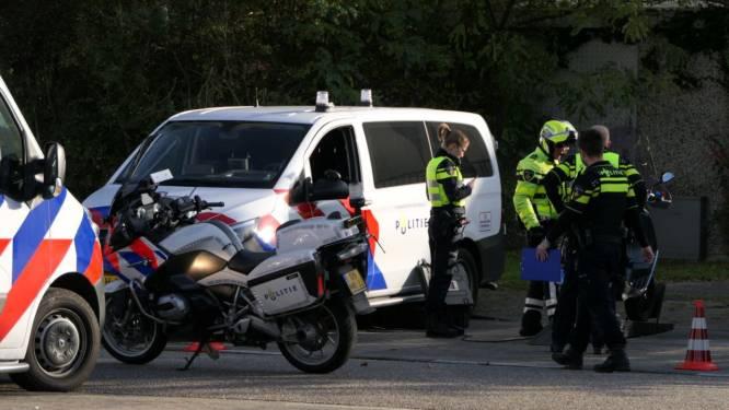 Politie deelt 110 boetes uit bij grote controle in Enschede: uitschieter rijdt 48 kilometer te hard