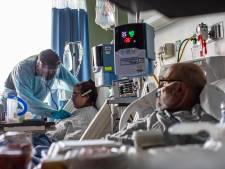 Ziekenhuismedewerker (67) komt al 15 jaar niet op werk opdagen, zes managers mogelijk in complot