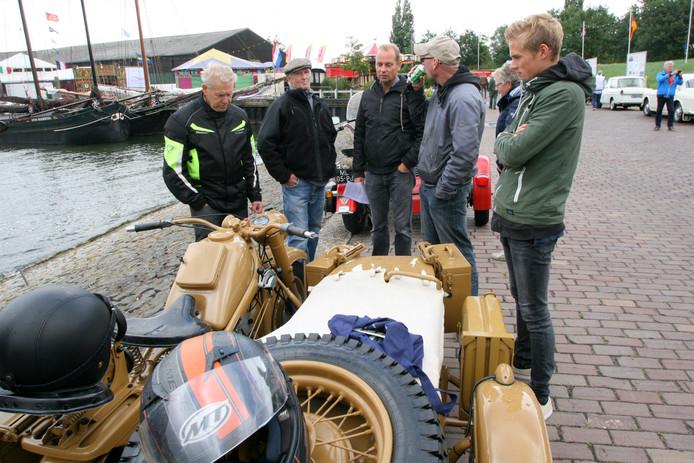 Zundapp maakte vroeger ook motoren. Te zien in Moerdijk.