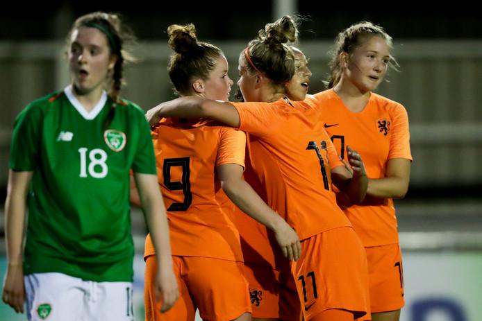 Nikita Tromp (9) mocht met Oranje O19 acht keer juichen tijdens het EK-kwalificatietoernooi.