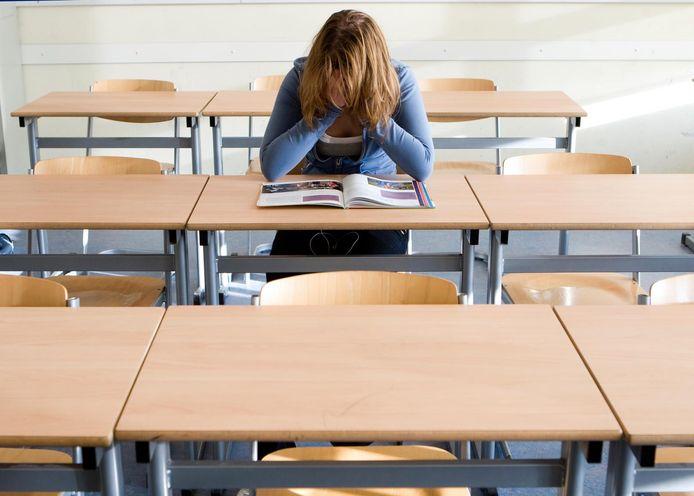 Kinderen die overprikkeld raken, kunnen soms moeilijk leren omdat hun hoofd vol zit.