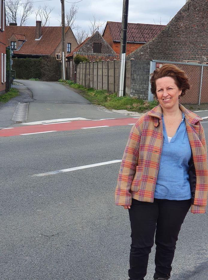 Mieke Schauvliege aan de Dassenstraat.