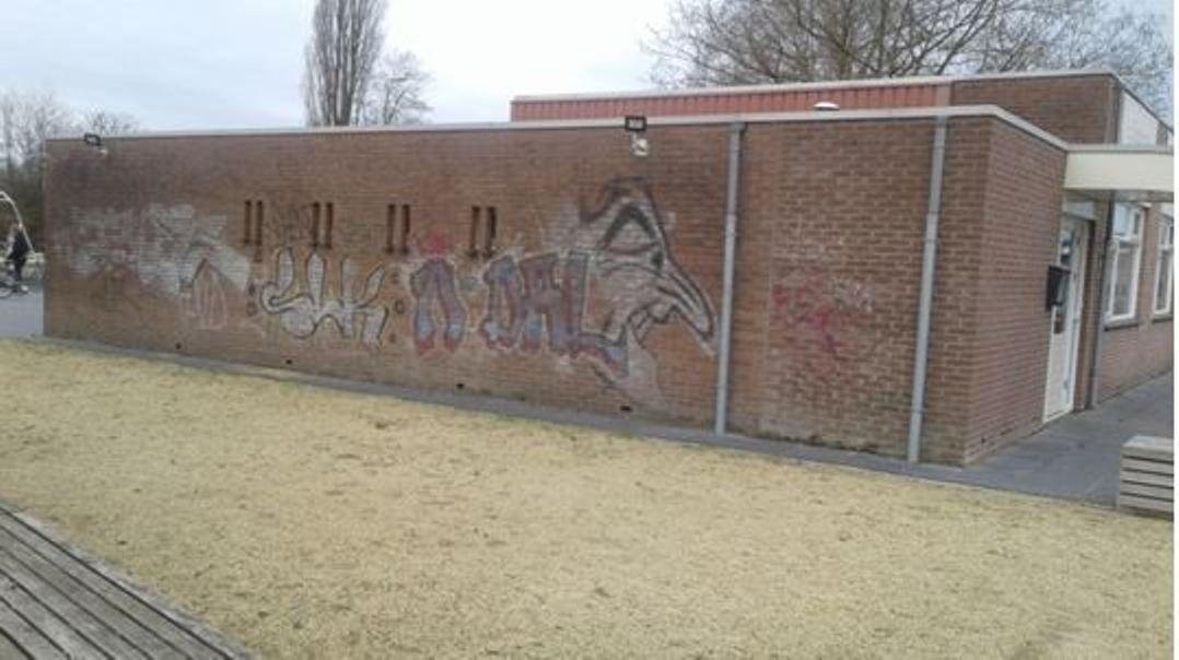 De Blokkendoos in Nijverdal krijgt een muurschildering