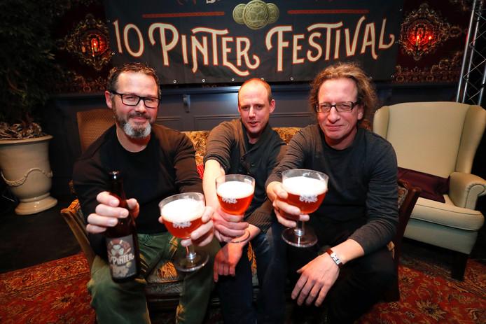 Arjan, Tim en Paul van de folkband LQR.