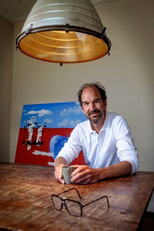 Oud-gedeputeerde Henri Swinkels wordt de nieuwe directeur van Kunstloc Brabant. Foto: Dolph Cantrijn