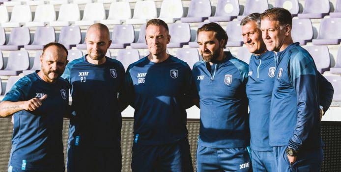Javier Torrente (links) met zijn staf.