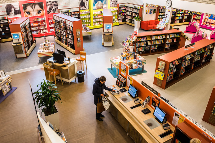 De Velpse bibliotheek in een ruimte van het Astrum College aan de Gruttostraat.