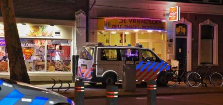 Twee overvallen op horecazaken binnen 10 minuten tijd in Tilburg, vermoedelijk schot gelost