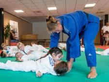 Judo clubs nodigen kinderen uit op de tatami voor gratis les
