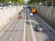 Bewoners Europaweg worden al jaren gek van herrie door tunnelbak: 'Alsof er wordt geschoten'