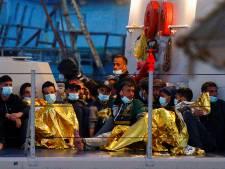 Plusieurs morts dans le naufrage d'un bateau de migrants au large de l'Italie