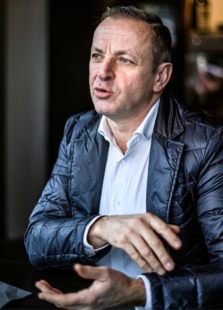 Paul Herygers: 'Ik zet Laurens Sweeck bij de kopmannen voor het WK, op dat vlakke parcours in Zwitserland. Ik ben onder de indruk: hij heeft benen als weidepalen en hij rijdt smoorhard.' Beeld Geert Van De Velde