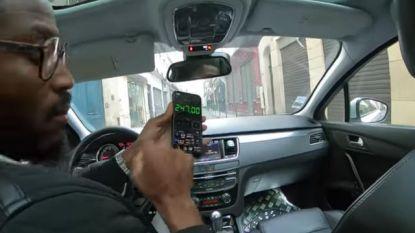 Taxichauffeur in Parijs licht Thaise toeristen op en rekent peperdure rit aan