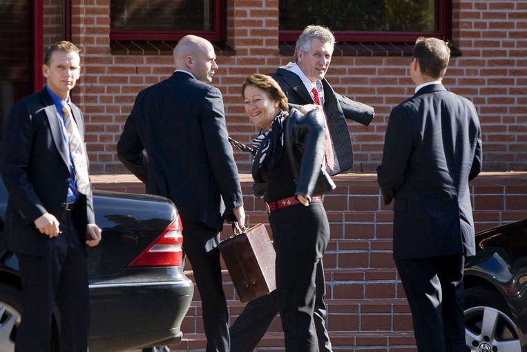Dirk Scheringa komt maandagochtend aan bij het hoofdkantoor van DSB in Wognum (ANP) Beeld