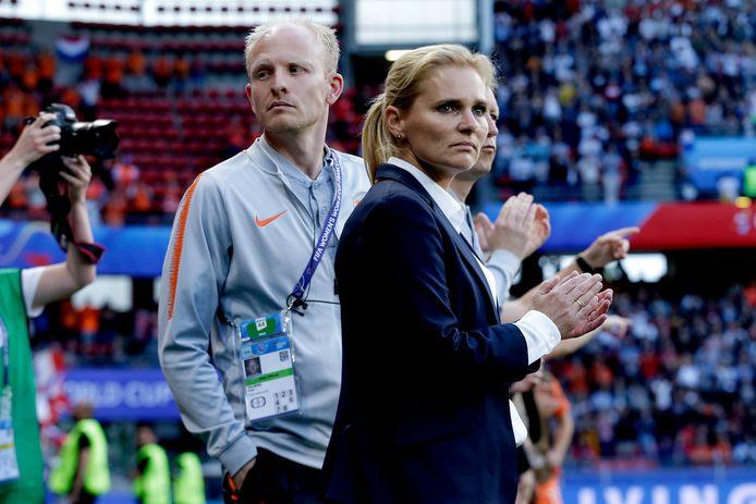 Assistent-trainer Arjan Veurink met bondscoach Sarina Wiegman, straks ook samen bij Engeland.