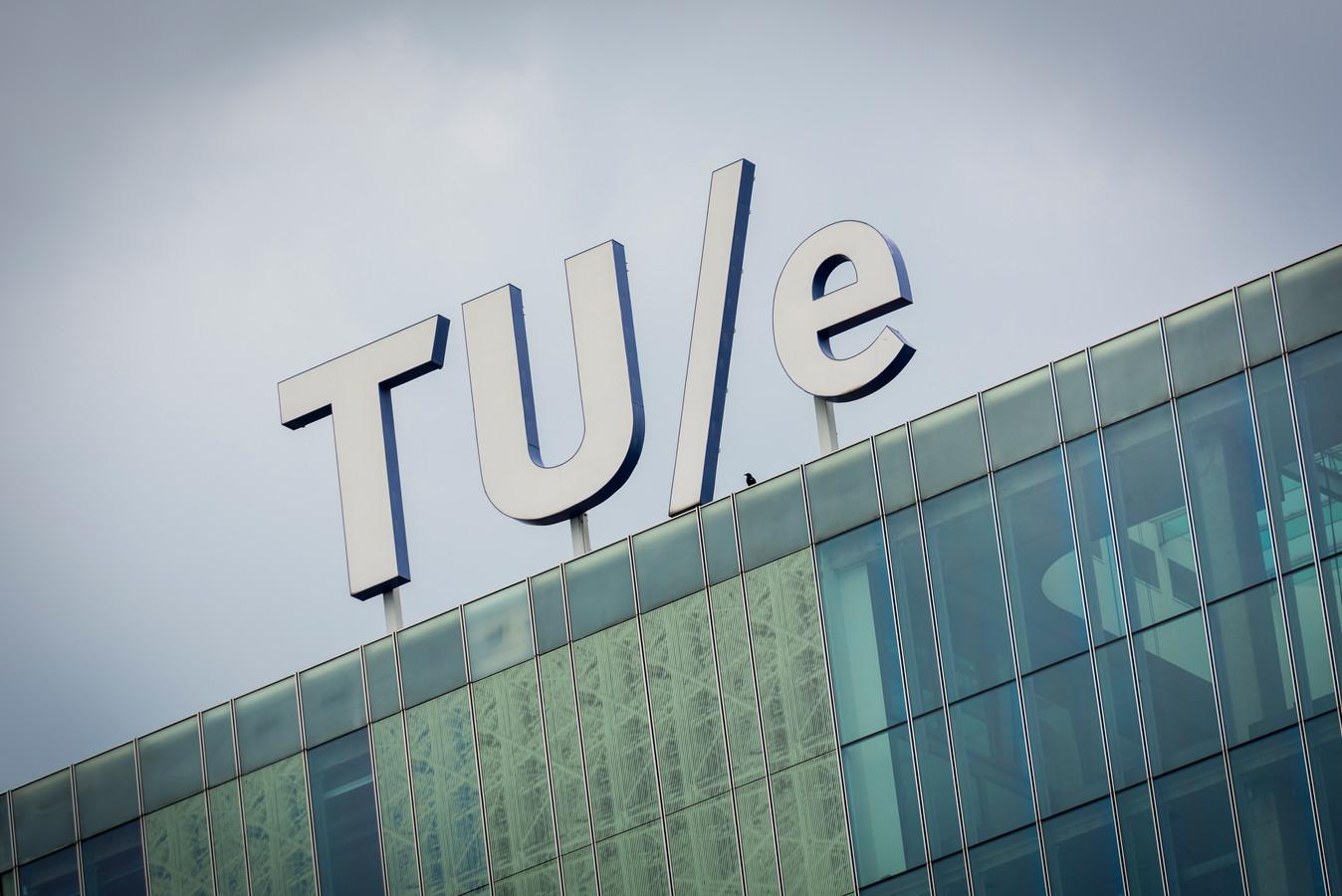 De TU/e discrimineerde mannen en past nu het aannamebeleid voor vrouwen aan.