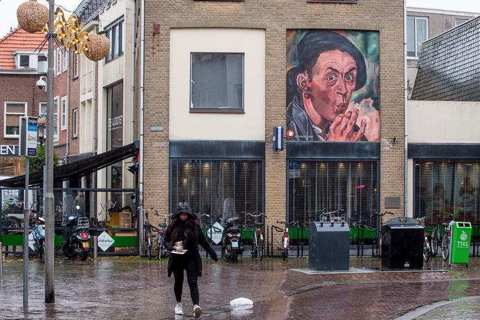 In de stad zijn meerdere zelfportretten te zien van Johan Ponsioen.