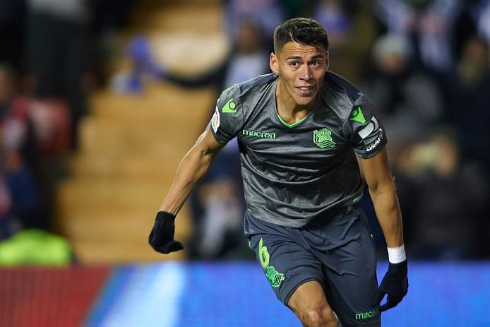 Hector Moreno viert de 2-1.