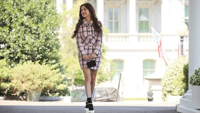 """Ook generatie Z valt voor iconische tweedelig Chanel-pakje: """"Zoekopdrachten met zo'n 200% gestegen"""""""