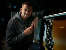 Justin Ogenia tekent nieuw contract bij FC Eindhoven: 'Komende maanden werkt hij verder aan zijn herstel'