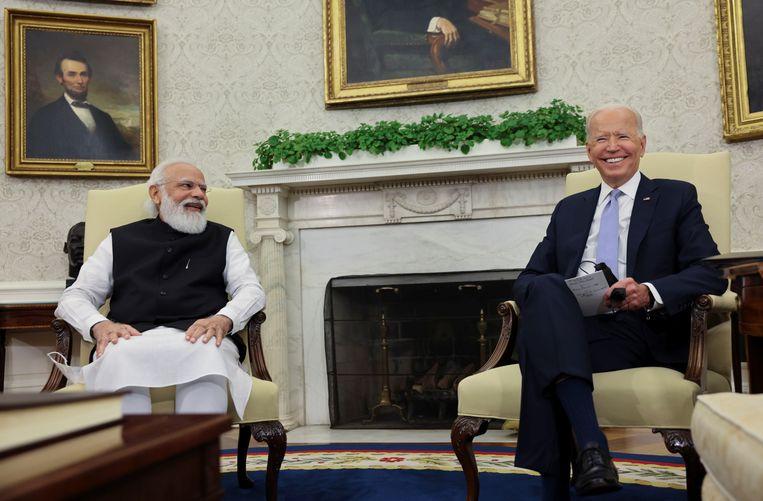 De Amerikaanse president Joe Biden (rechts) ontving vrijdag de Indiase premier Narendra Modi in het Witte Huis. Beeld REUTERS