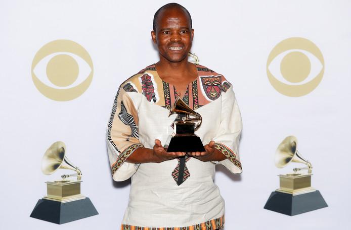 Ladysmith Black Mambazo a été récompensé par cinq Grammy Awards.