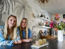 Het trieste geval van de Enschedese zusjes geeft een gezicht aan de crisis die al tijden gaande is in de stad
