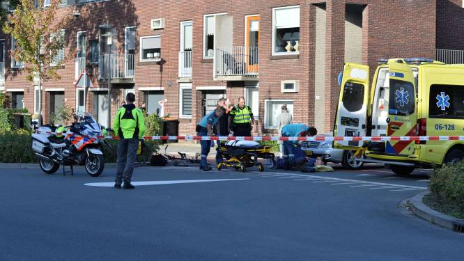 Fietser gewond bij aanrijding in Apeldoorn