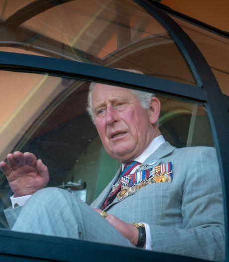 Prins Charles kwam langs, hij streelde het vliegtuig en zag dat het goed was. Dat was een misverstand