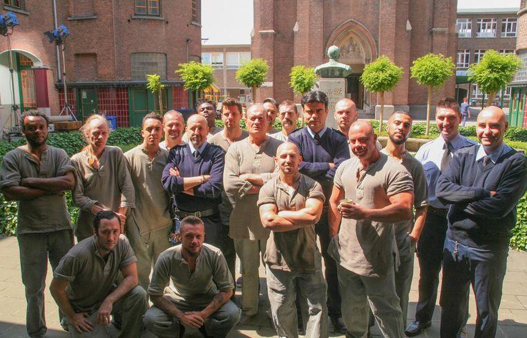 Twee jaar geleden werd in de Broederschool al een gevangenisscène ingeblikt met Jacques 'DDT' Vermeire (centraal tussen figuranten).