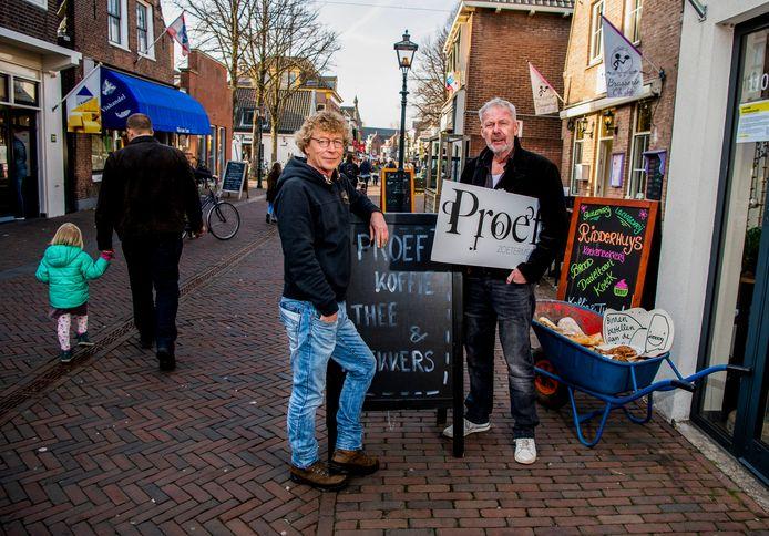 Ook Piet Hekker en Ron Sloof deden een bod op 't Oude Huis.