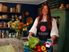 Stewardess Ellen (51) verkoopt nu boerenproducten: 'Door corona wilde ik wat anders doen'