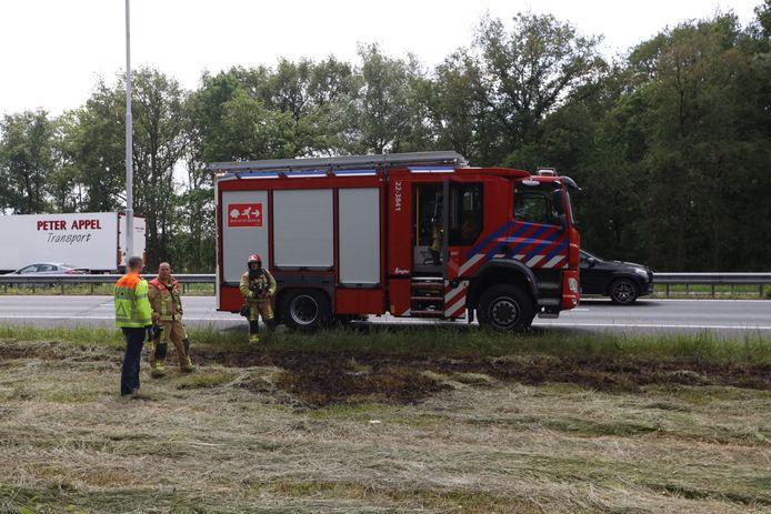 De brandweer en Rijkswaterstaat kwamen ter plaatse