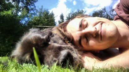 Familie en vrienden nemen afscheid van Ben Vanleene (28)