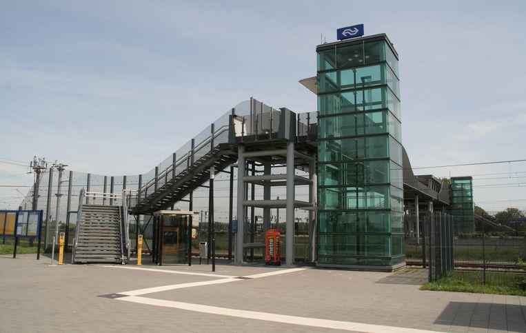 Station Lage Zwaluwe, het minst gewaardeerde station van Nederland. Beeld Wikimedia Commons / Maurits90